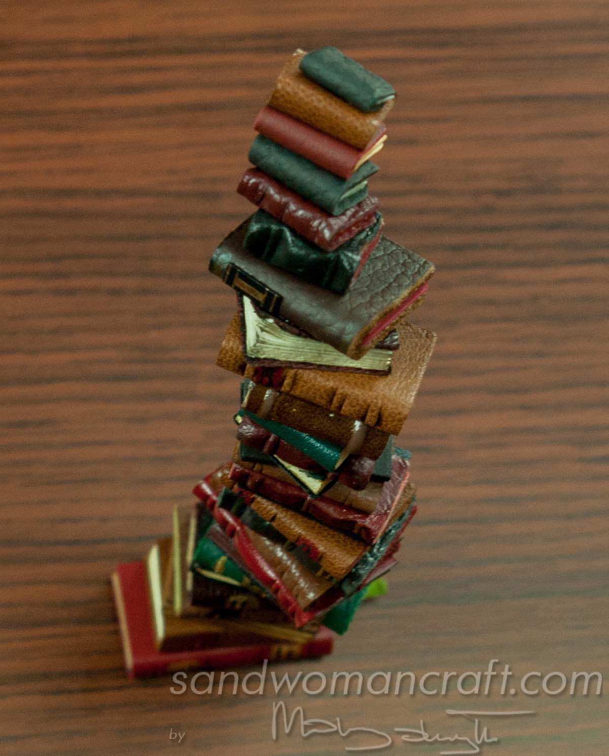 Pile/ stack/ set of 30 miniature leather books  in 1:12 scale. Library, wizard, witch, magic setting.
