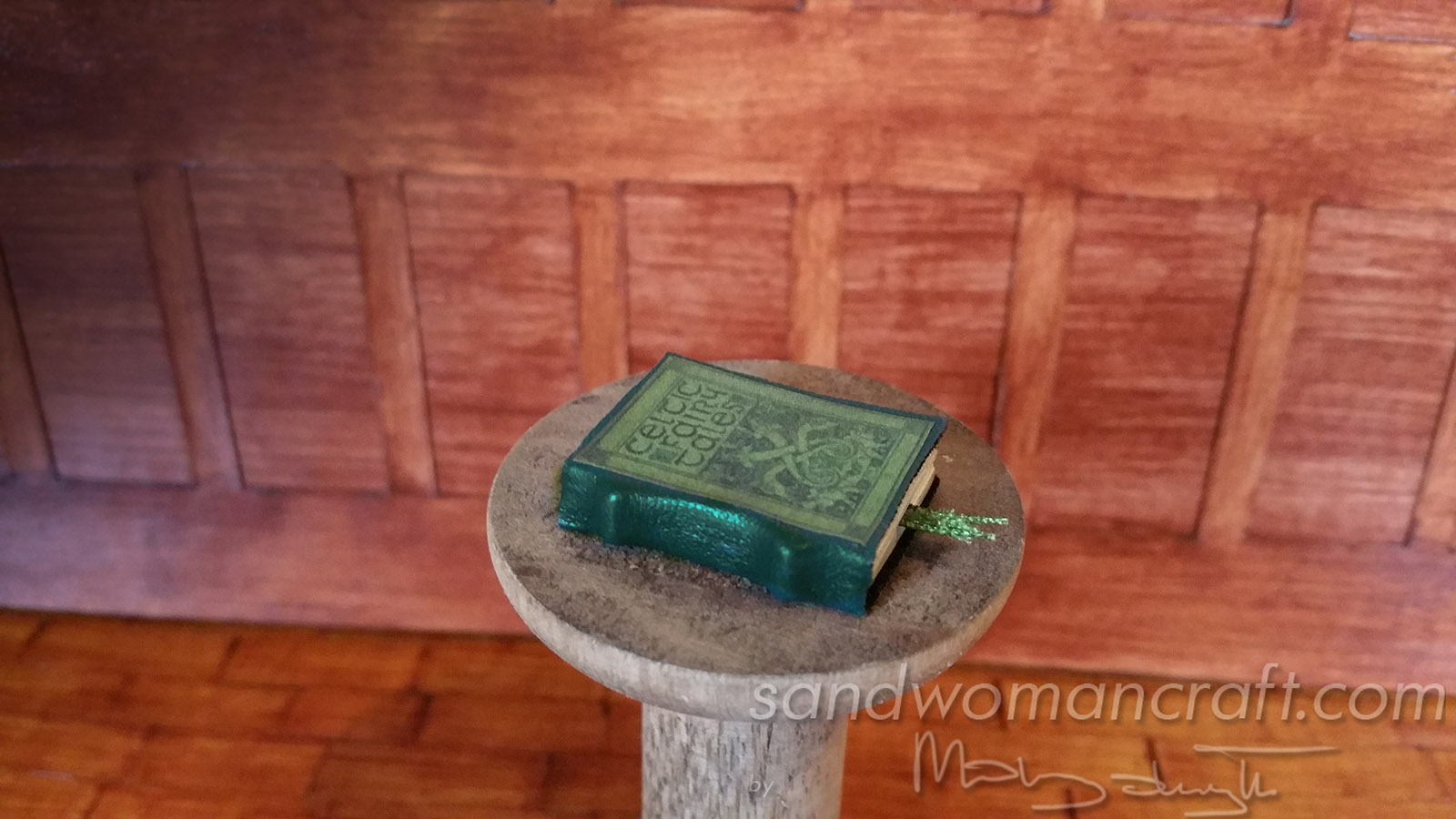 Celtic Fairy Tales. Miniature leather book