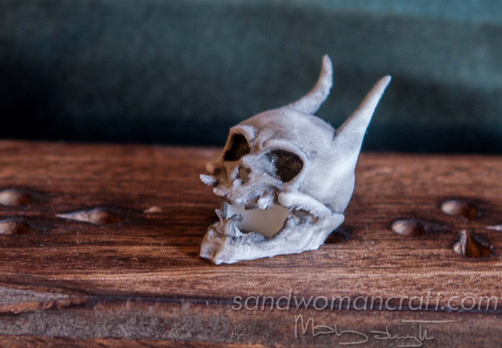 Miniature monster skull. Miniature devil skull