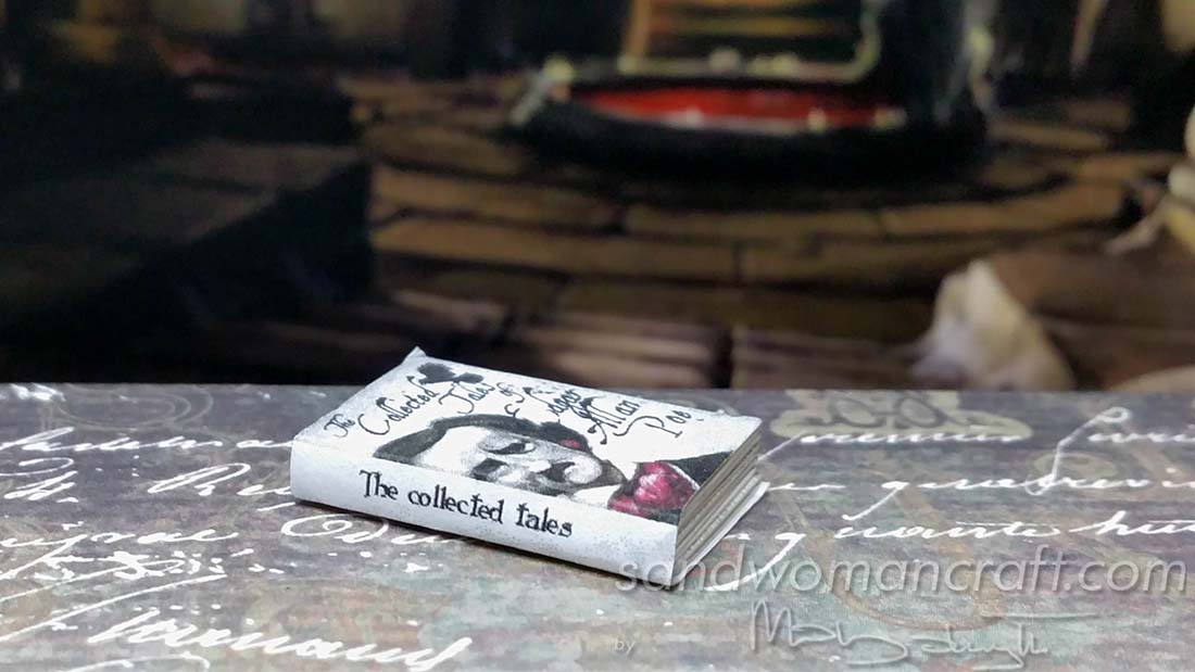 "Miniature book Edgar Allan Poe ""Collected Tales"""