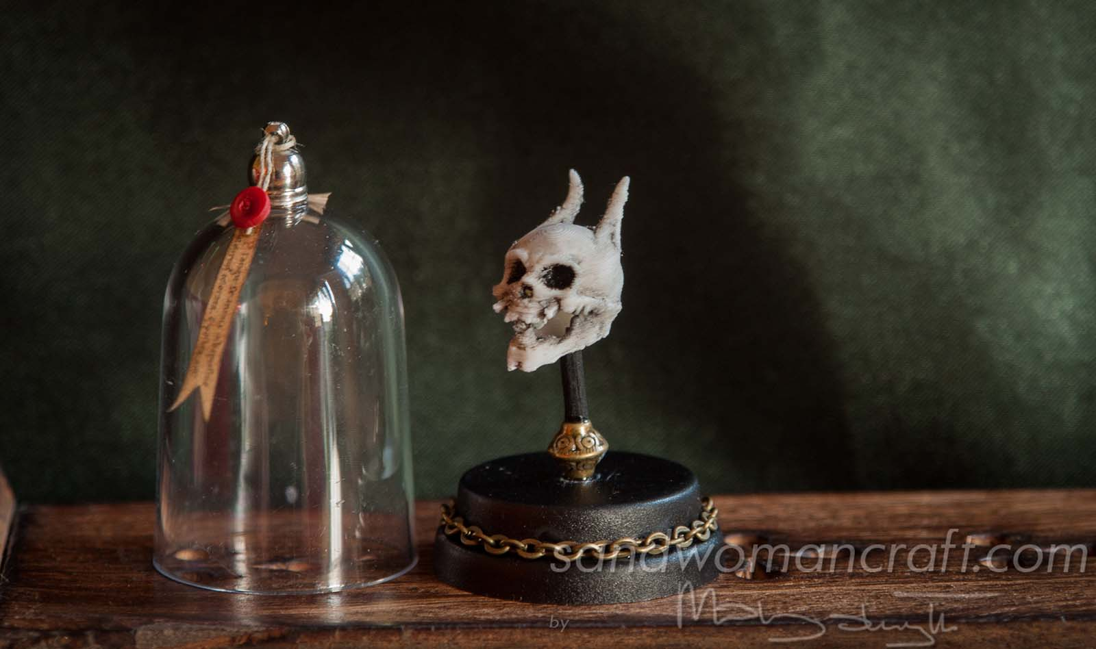 Miniature skull of monster devil in 1:12 scale, 1 inch scale
