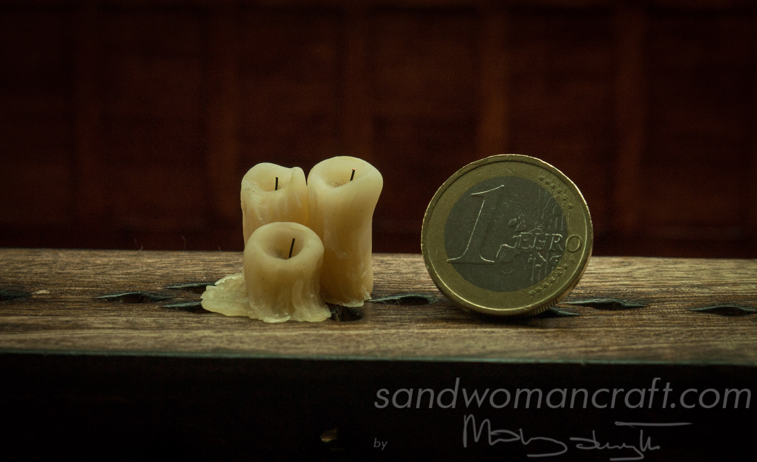 Miniature polymer clay candles 1/12 scale. Dollhouse miniatures. Old drippy candles