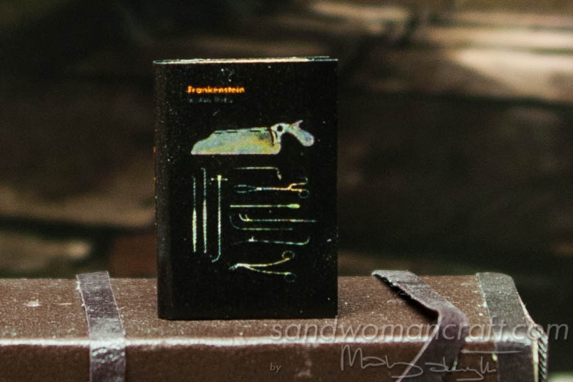 Miniature book Frankenstein